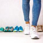 איך לבחור נעלי הליכה לסובלים מבעיות גב?