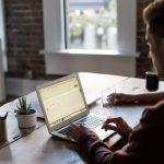 איך להשתמש בלפטופ בדרך נכונה ארגונומית?
